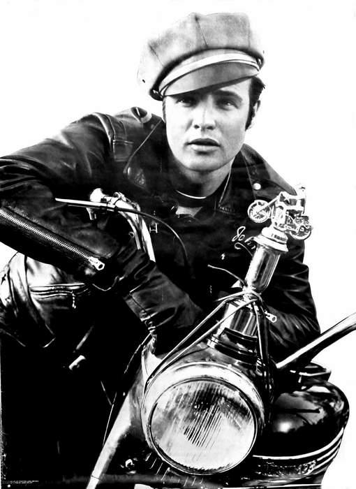 Il giubbotto biker come alternativa alla giacca Stilestili