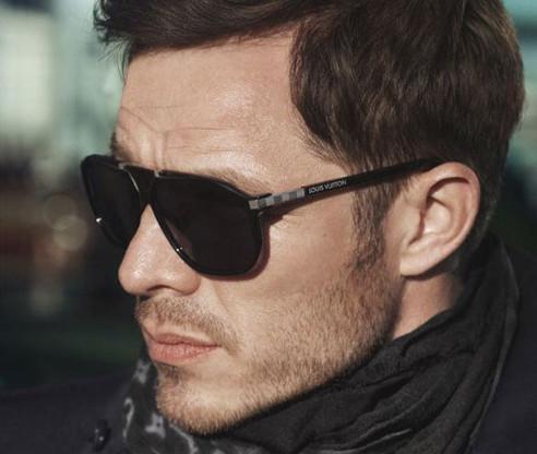 Gli accessori di un businessman che ha stile stilestili for Montature occhiali uomo 2014