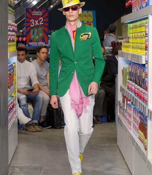 3 punti chiave per vestire colorato senza sbagliare